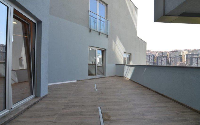 Sarıyer Maslak Ağaoğlu 1453 Sitesi Kiralık 238 m2 Geniş Ofis