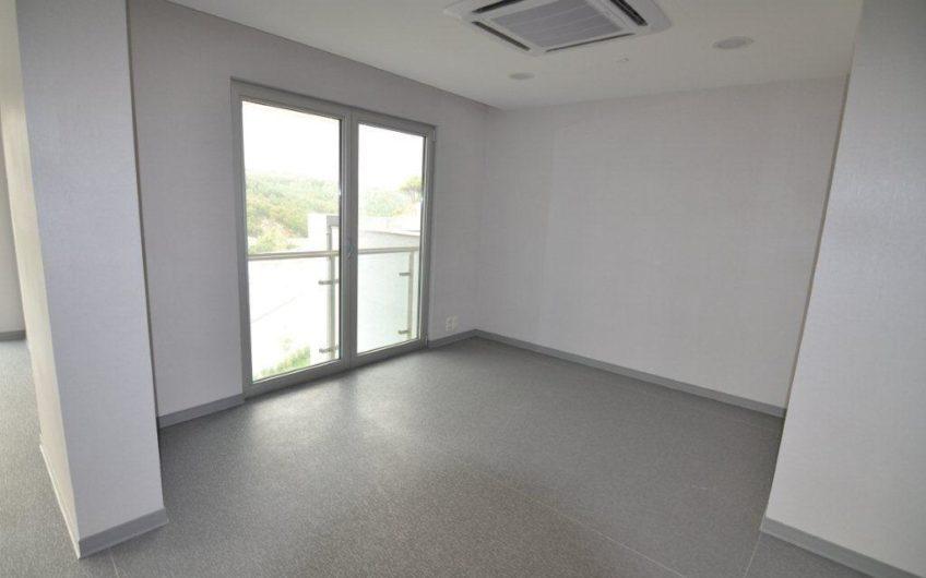 Sarıyer Maslak 1453 Sitesi 219 m2 Çift Teraslı 1+1 Ticari Ofis