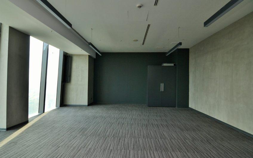 Sarıyer Skyland İstanbul Tower Hazır 50 m2 Net Kiralık Ofis