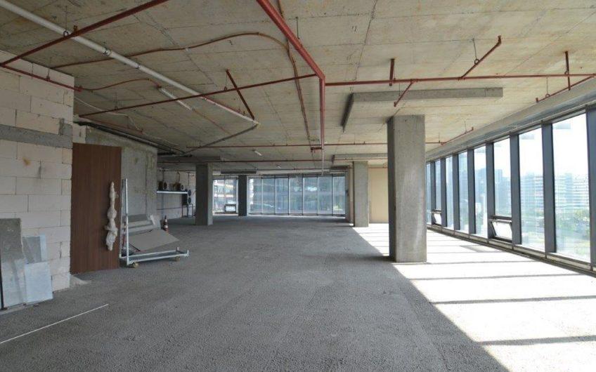İstanbul Maslak Kiralık Ofis Katı Vadistanbul Plaza da 1882m2 Bölümlenebilir
