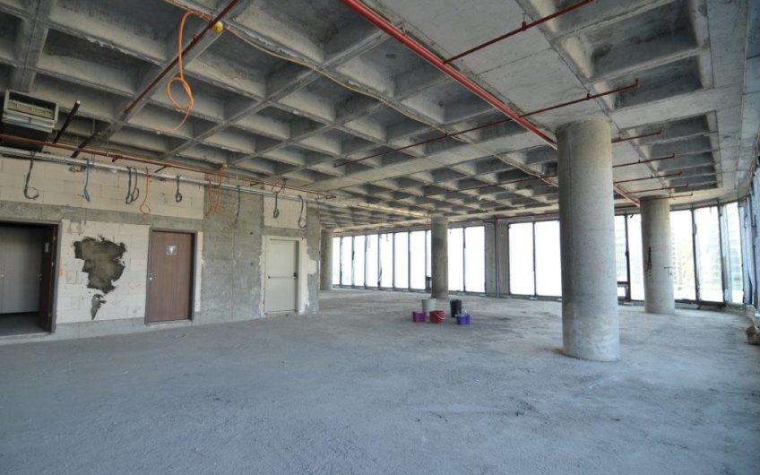 Vadistanbul'da Kiralık Plaza Katı 3167m2 AVM Yanı