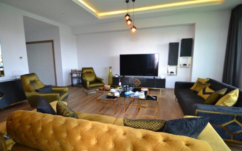 Ağaoğlu 1453 Sitesinde Yüksek Kat Satılık 3+1 Daire