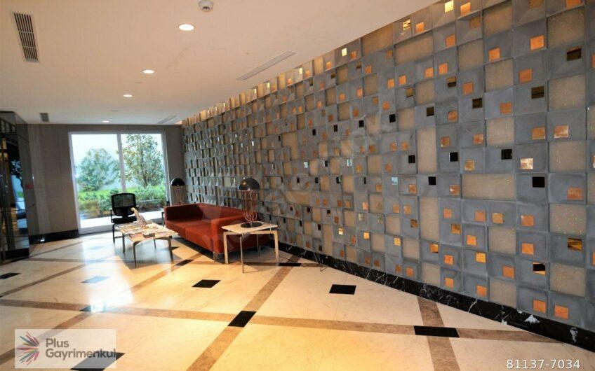 Sarıyer Maslak 1453 Sitesinde Ofis Bloklarında 3 Bölümlü Satılık Ofis